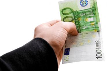 Hvor hurtigt kan du låne penge online?